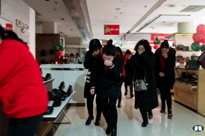 百货盖丽店消防联合演练-7.jpg